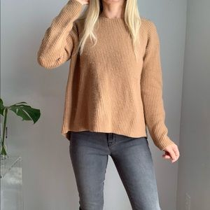 Theory 100% cashmere open back sweater xs